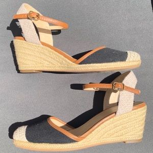 Abound Simone Espadrille Closed Toe Wedge 8.5